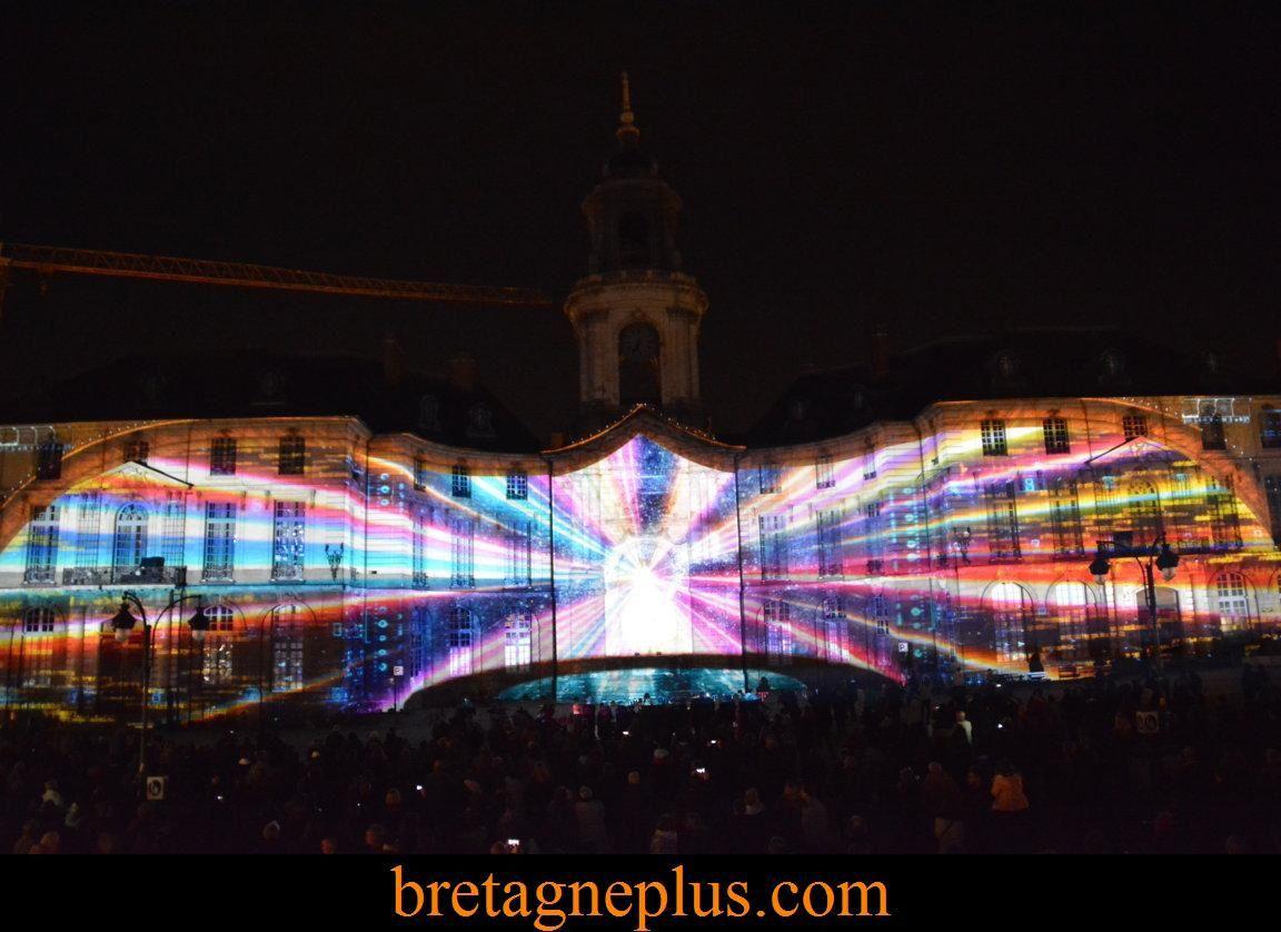 Illuminations 2015 façade Mairie de Rennes