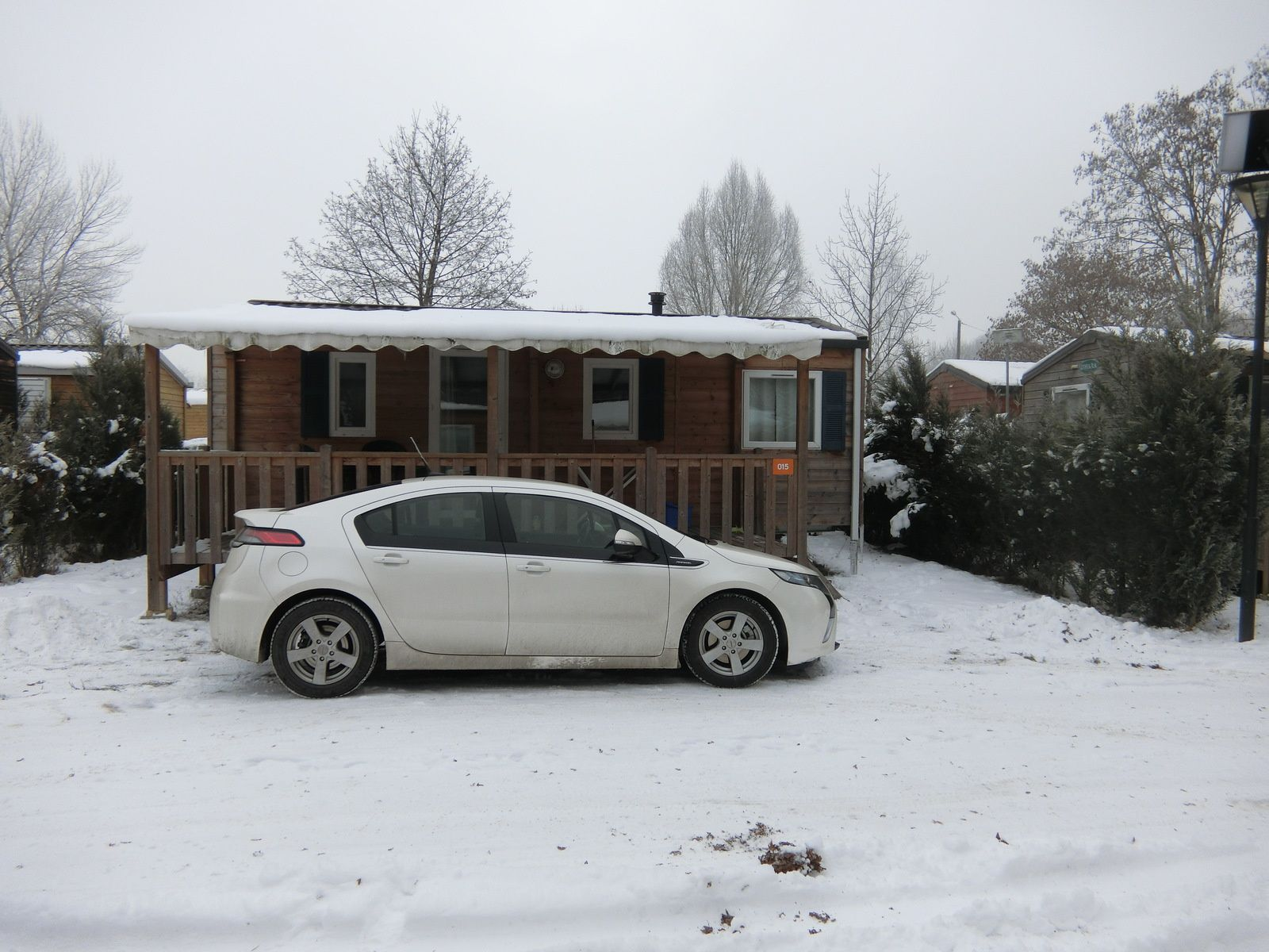 Notre mobilhome et ma voiture