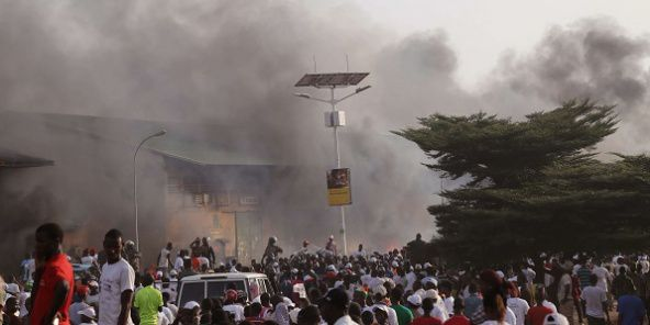 Reuters - At least five killed in protests over Guinea teachers' strike