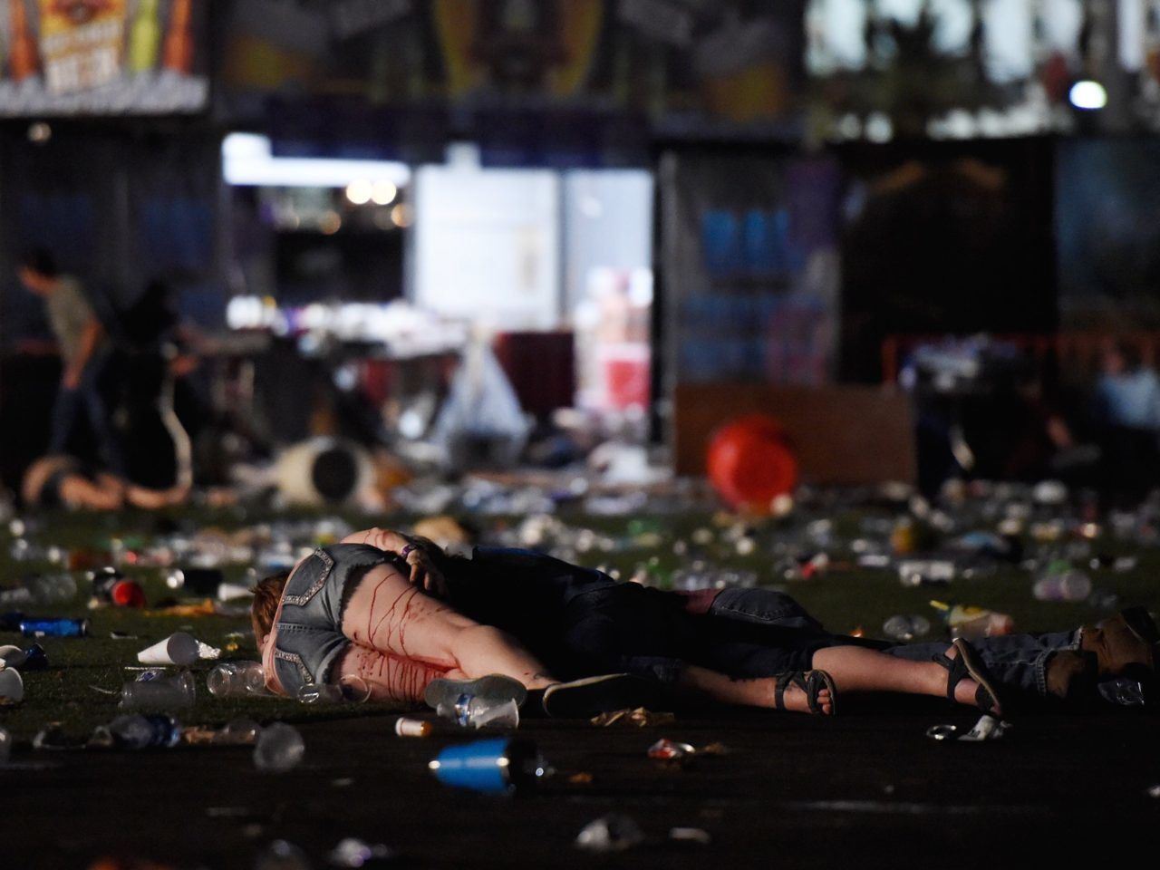 BBC - Las Vegas shooting: At least 59 dead at Mandalay Bay Hotel