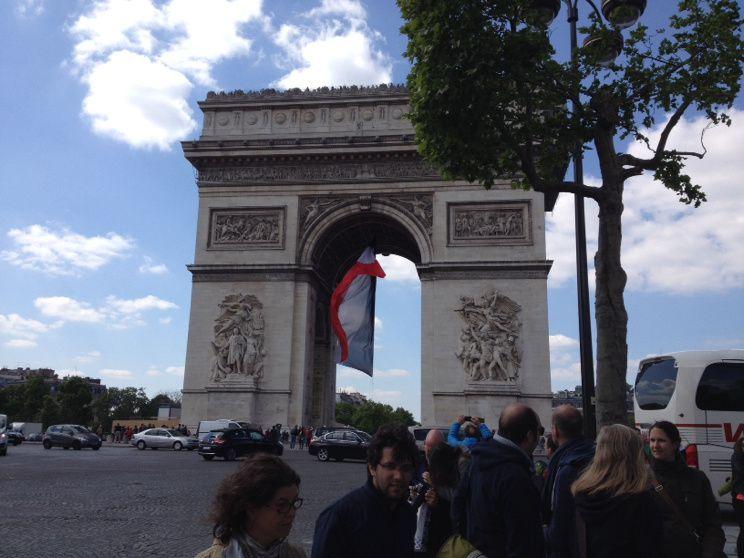 Paris mon amour, Paris mon desamour.