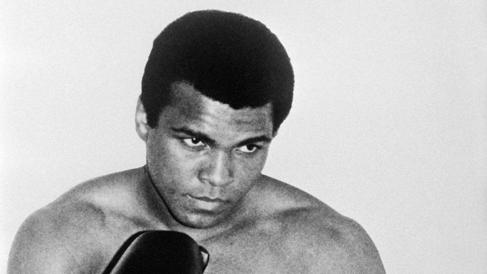 «Mohamed ALI ou Cassius CLAY (1942-2016), un boxeur pour des causes justes», par M. Amadou Bal BA, http://baamadou.over-blog.fr/