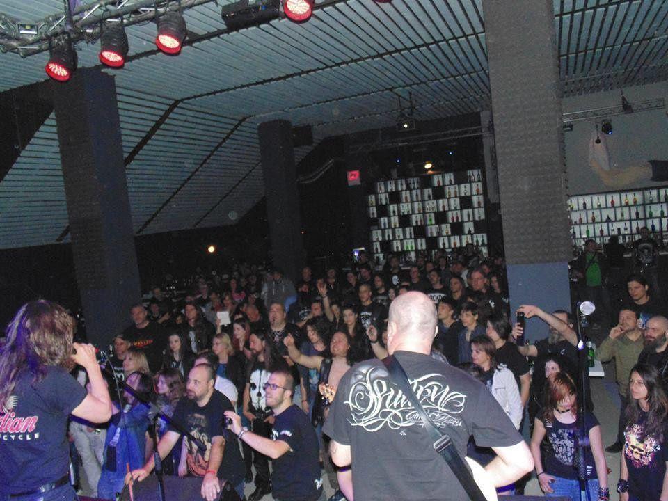 Incendie meurtrier dans un concert de Metal en Roumanie