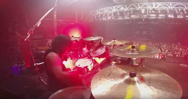 Video live drum de PAUL BOSTAPH/ SLAYER &quot&#x3B;Hell awaits&quot&#x3B; à Barcelone