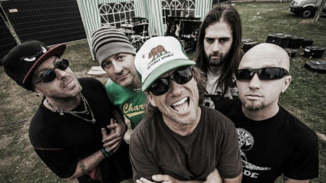 Découvrez le nouveau clip d'UGLY KID JOE &quot&#x3B;Under the Bottom&quot&#x3B; avec Phil Campbell