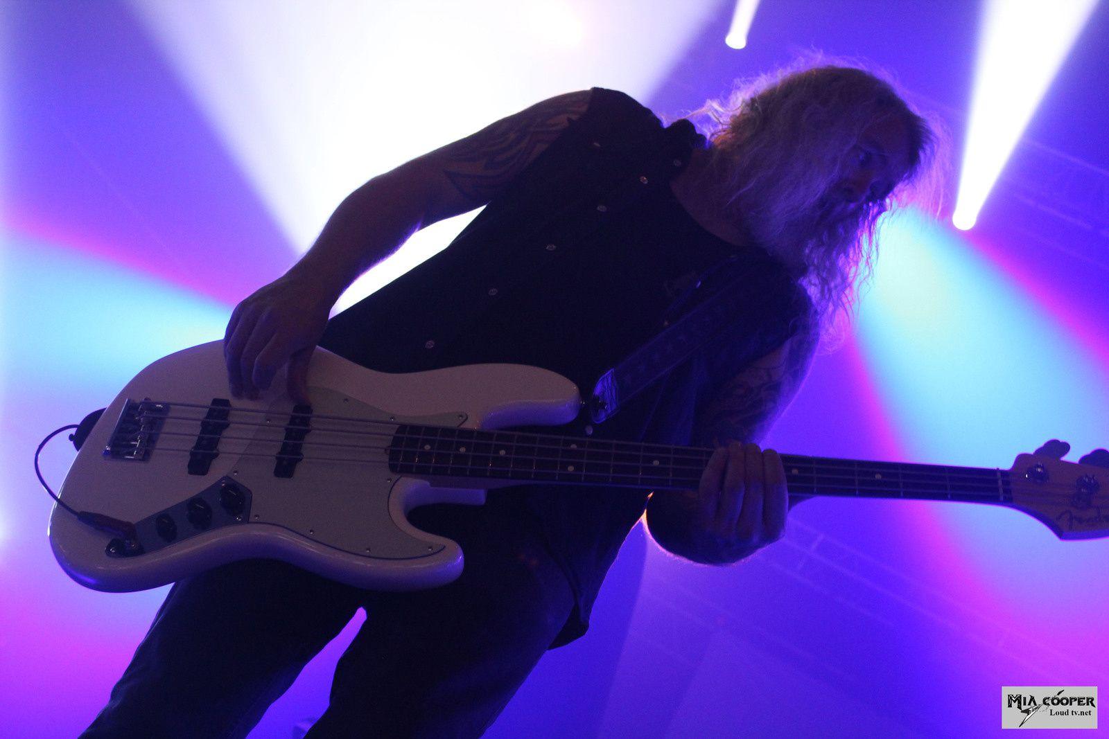 Retour sur le concert en photos de Omnium Gatherum - Dark Tranquility - Amon Amarth au Rocher de Palmer - Bordeaux