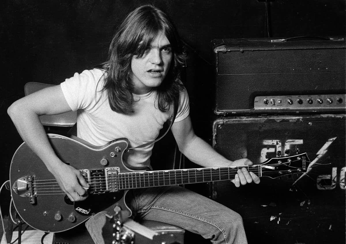 AC/DC annonce le décès de Malcolm Young