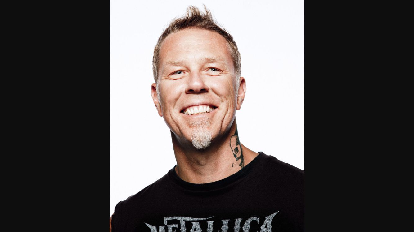 James Hetfield de METALLICA chute sur scène