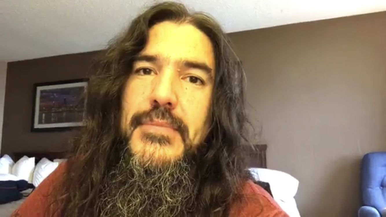 MACHINE HEAD annule 3 concerts : infection de la gorge pour Rob Flynn
