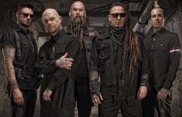FIVE FINGER DEATH PUNCH sortira And Justice for None le 18 mai prochain