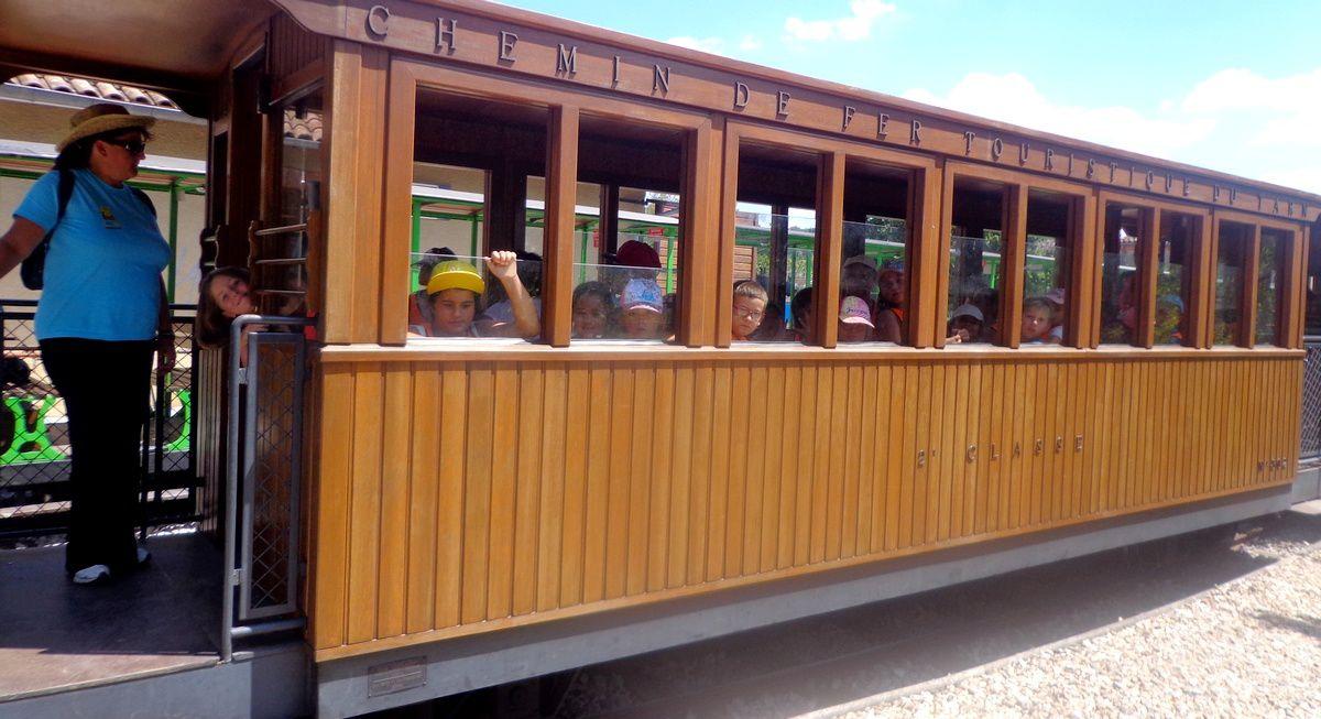 La Courbe été 2016 : 7-8 ans > Veillée et sortie petit train