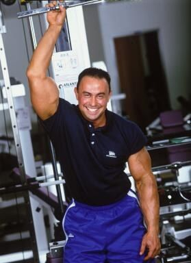 German Volume Training 10x10 de Charles Poliquin