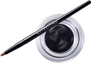 Dernier khôl, le Gemey Maybelline Eyestudio lasting drama avec son pot et son pinceau pour une application facile et une bonne tenue. (environ 10 € en grande surface)