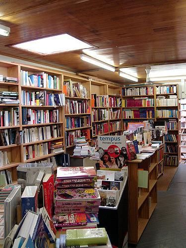 Point de vente : Librairie Scientia.