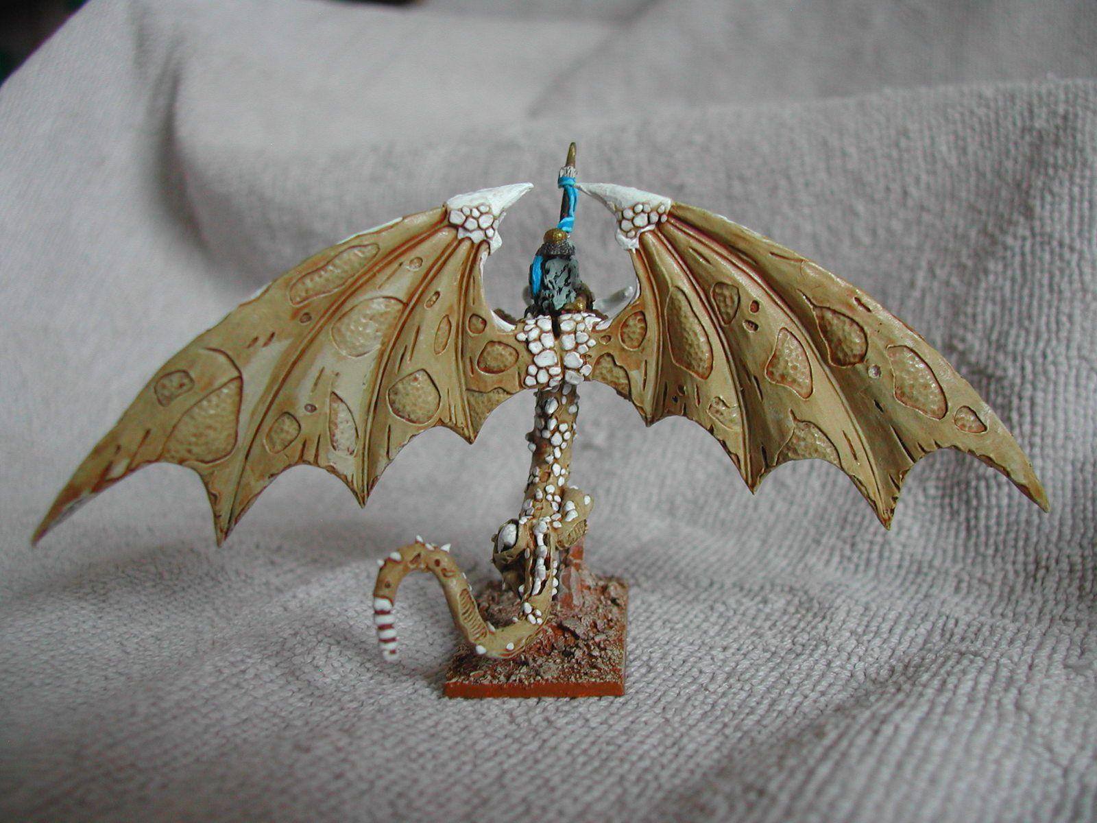 Warmaster : dragon Zombie