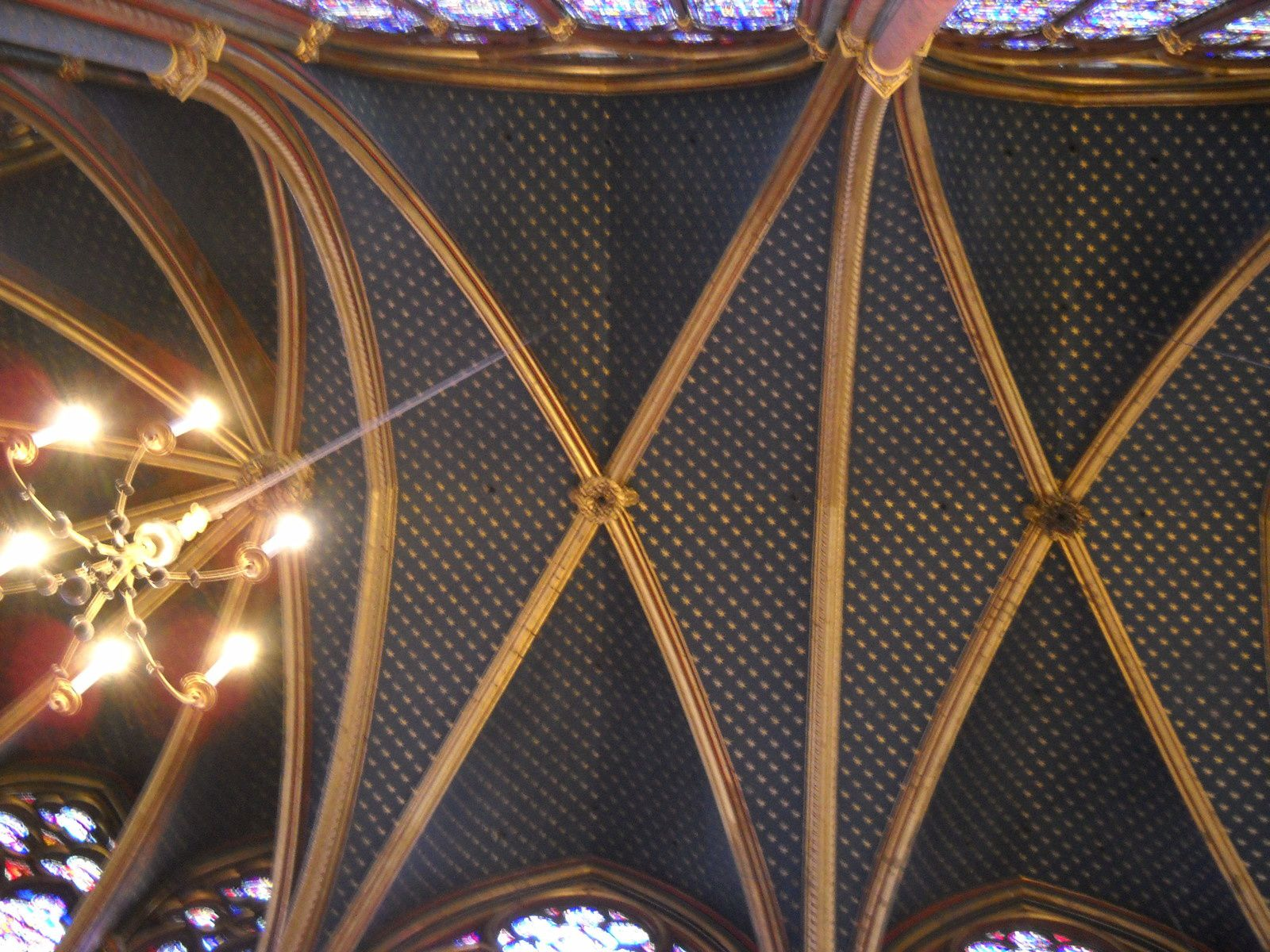 Sainte Chapelle ( Joyau du gothique rayonnant )
