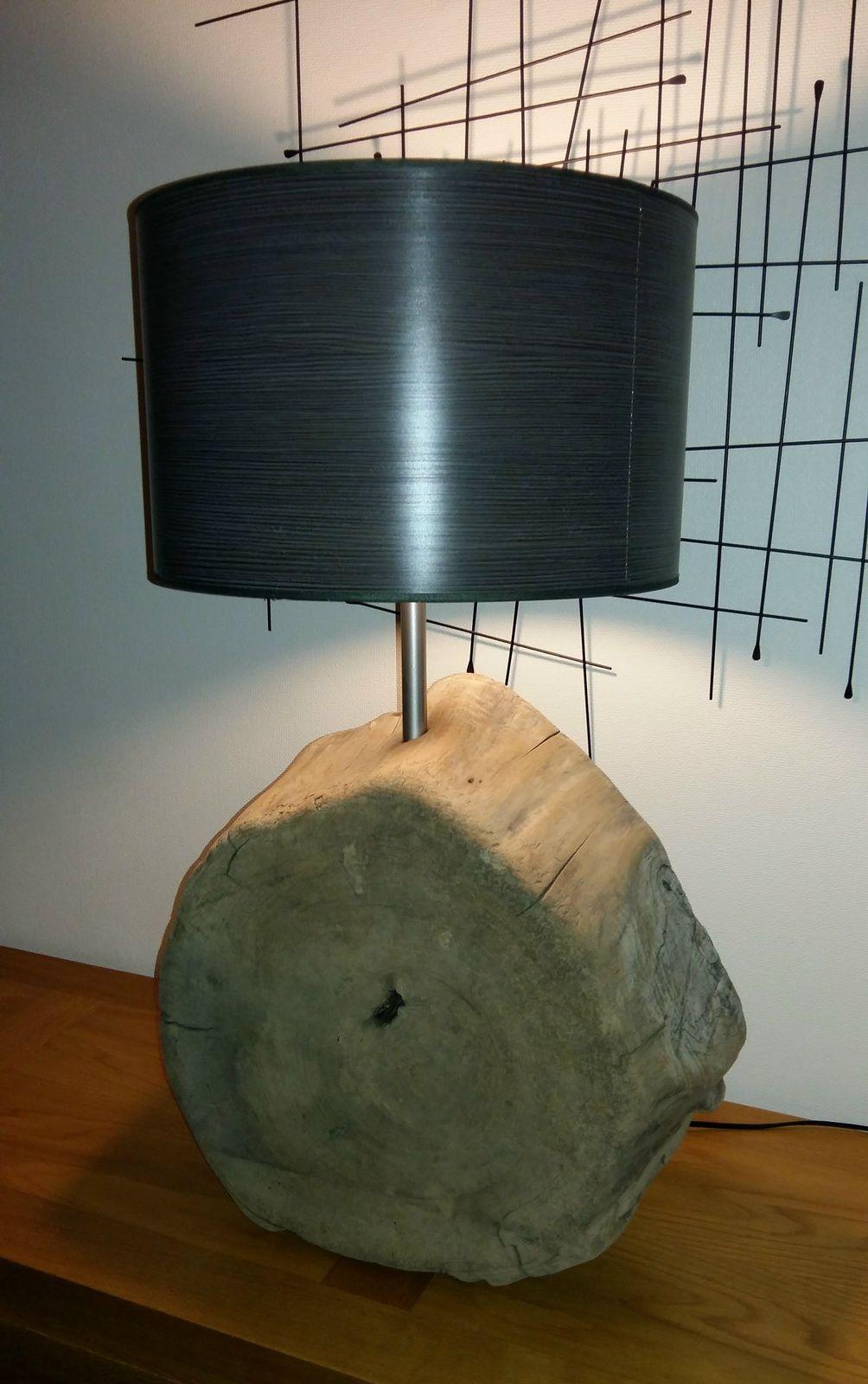 Enorme lampe en bois flotté