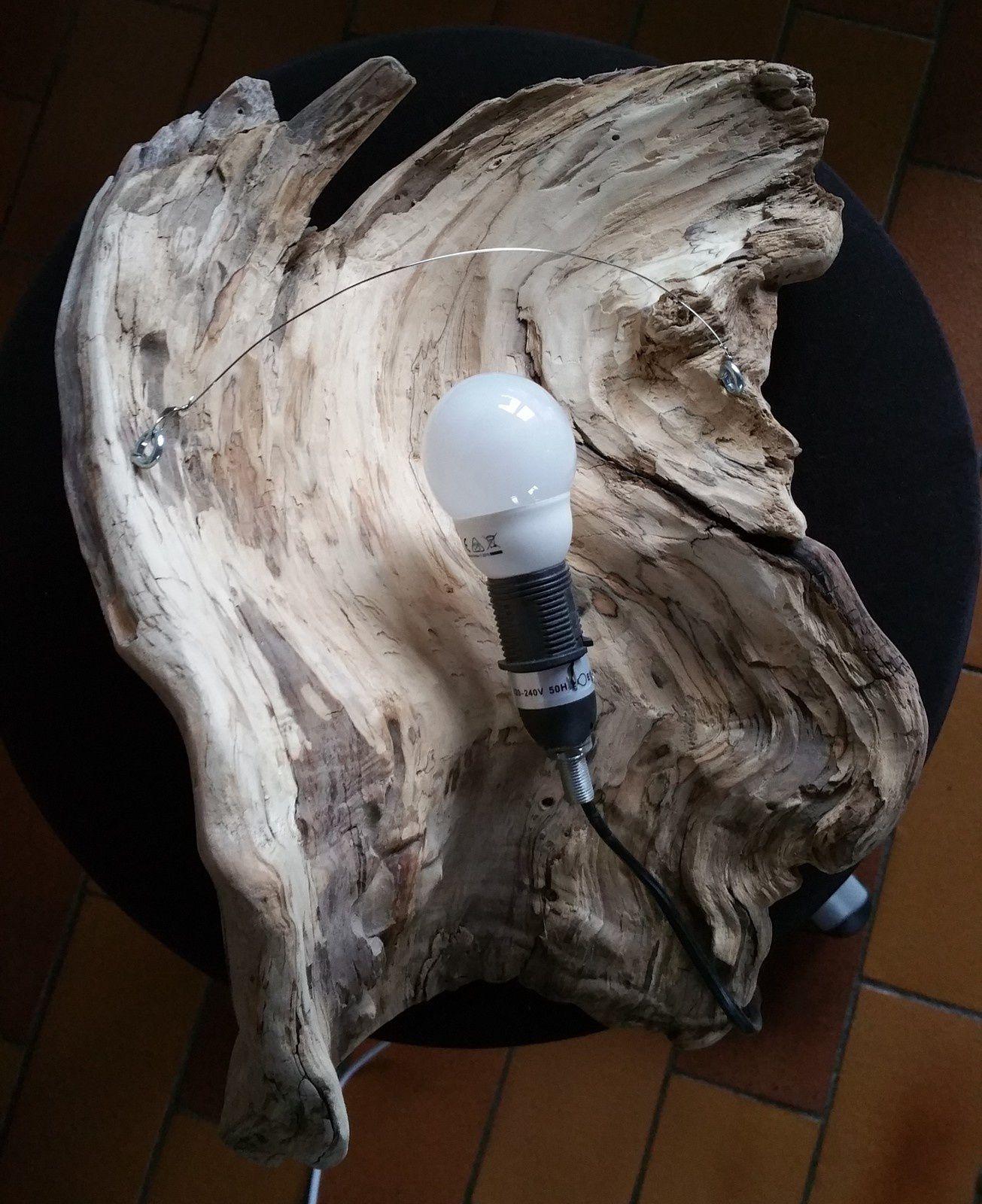 Applique en bois flotté
