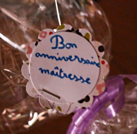 Des biscuits avec des coeurs pour la maîtresse...