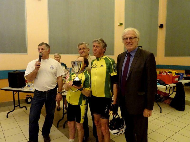 Le Vélo Club de Mandres à la manœuvre !!!