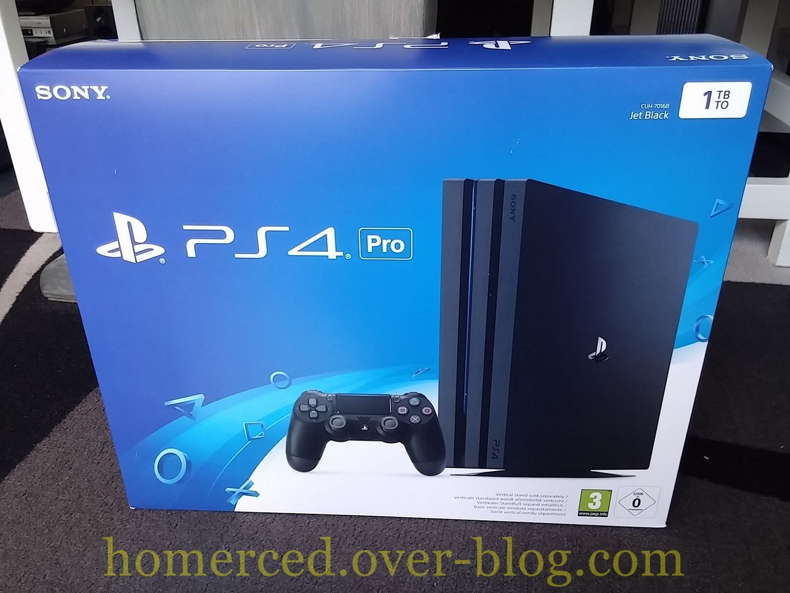 (Arrivage) PS4 Pro 1 To Pack Fnac avec 2 jeux