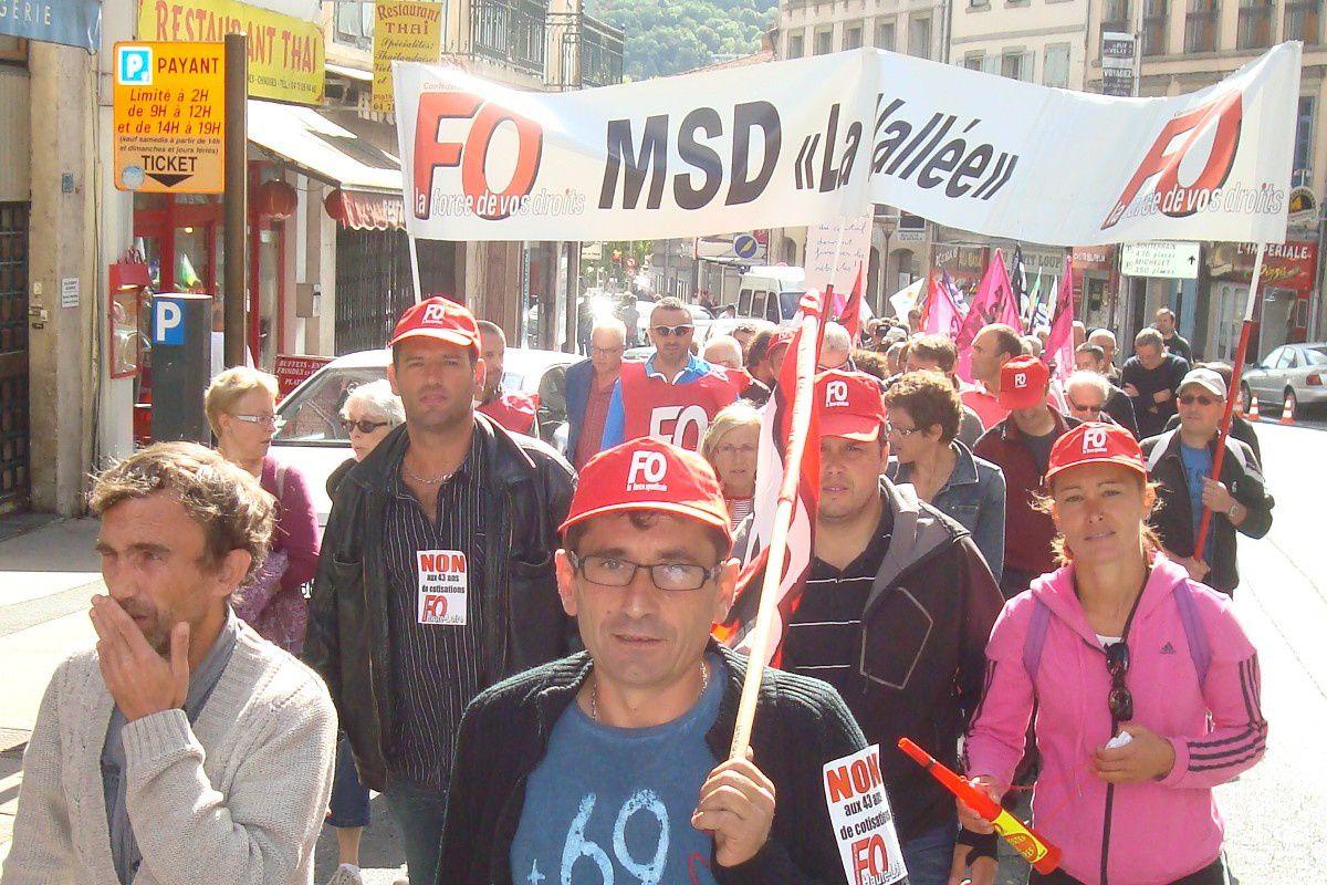 Le syndicat FO MSD lors de la manifestation du 17 septembre 2014 pour le retrait de la loi Ayrault
