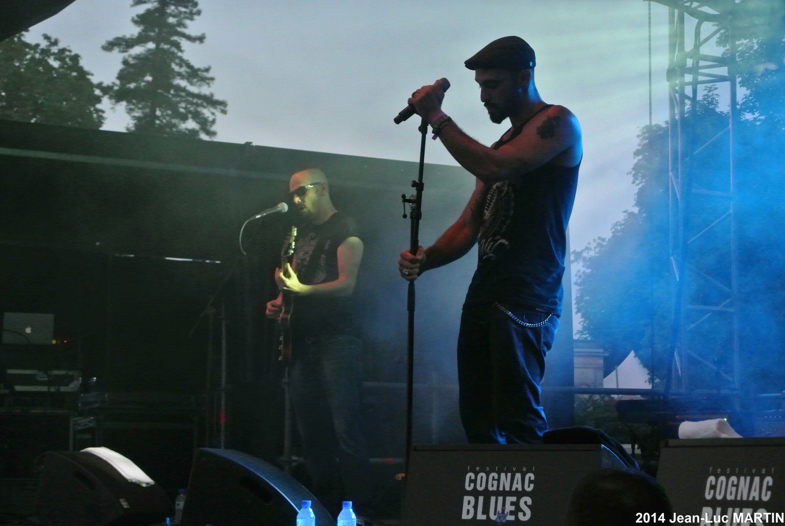 KUSSAY AND THE SMOKES A COGNAC 2014