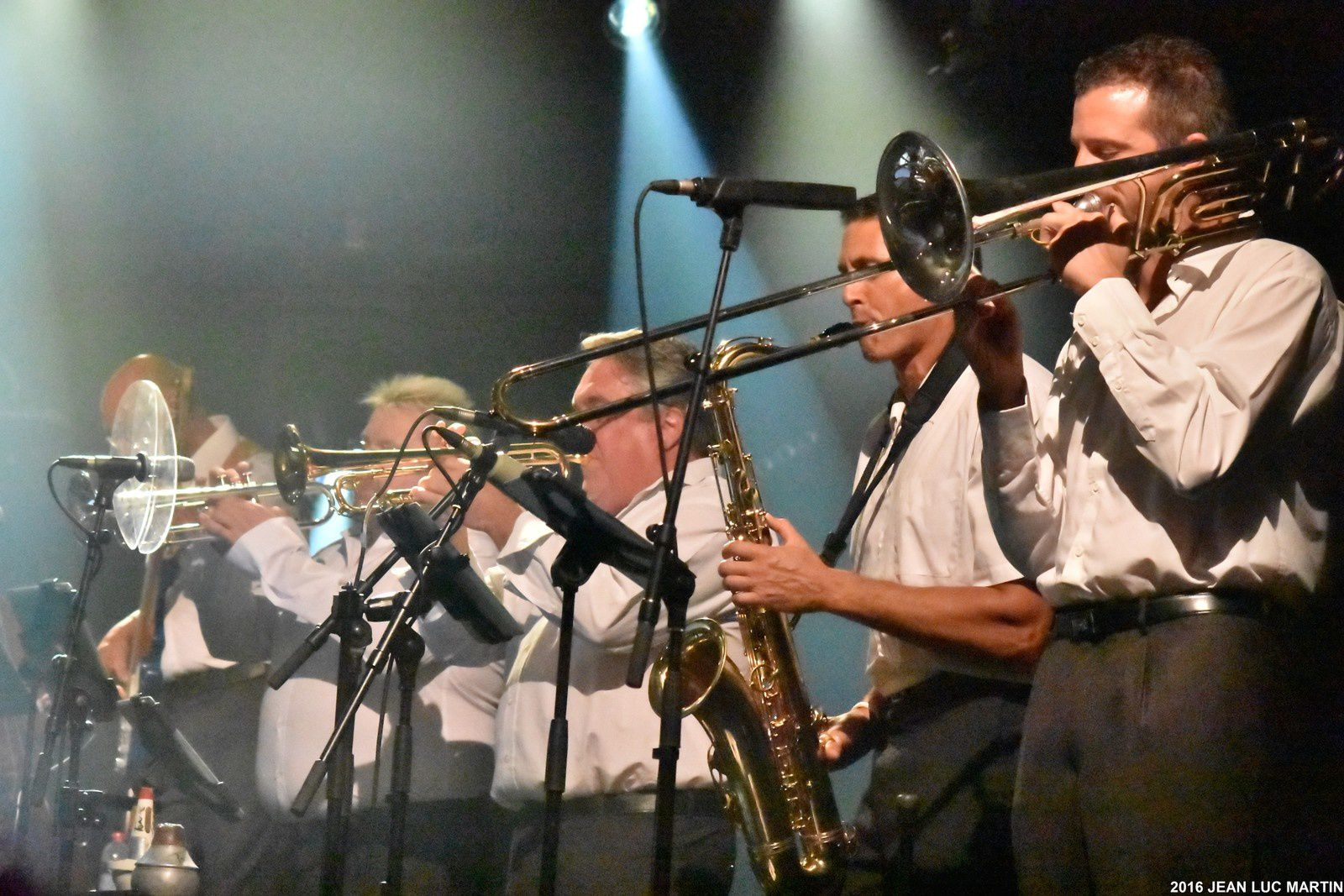 MICHEL LEEB AND THE BRASS MESSENGERS A SURGERES LE 22/07/2016