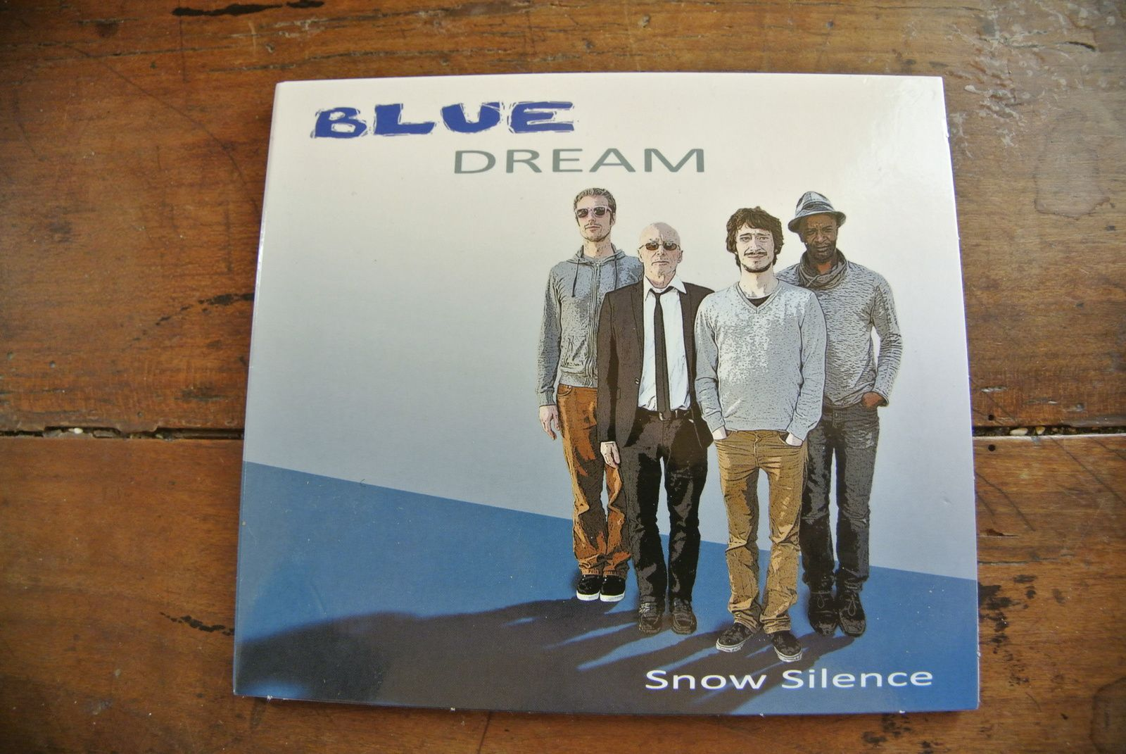 BLUE DREAM: SNOW SILENCE