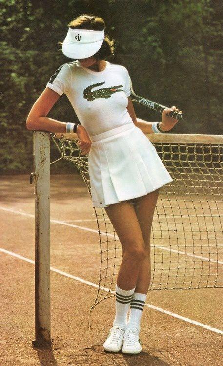 Sous les jupes des joueuses de tennis - 03