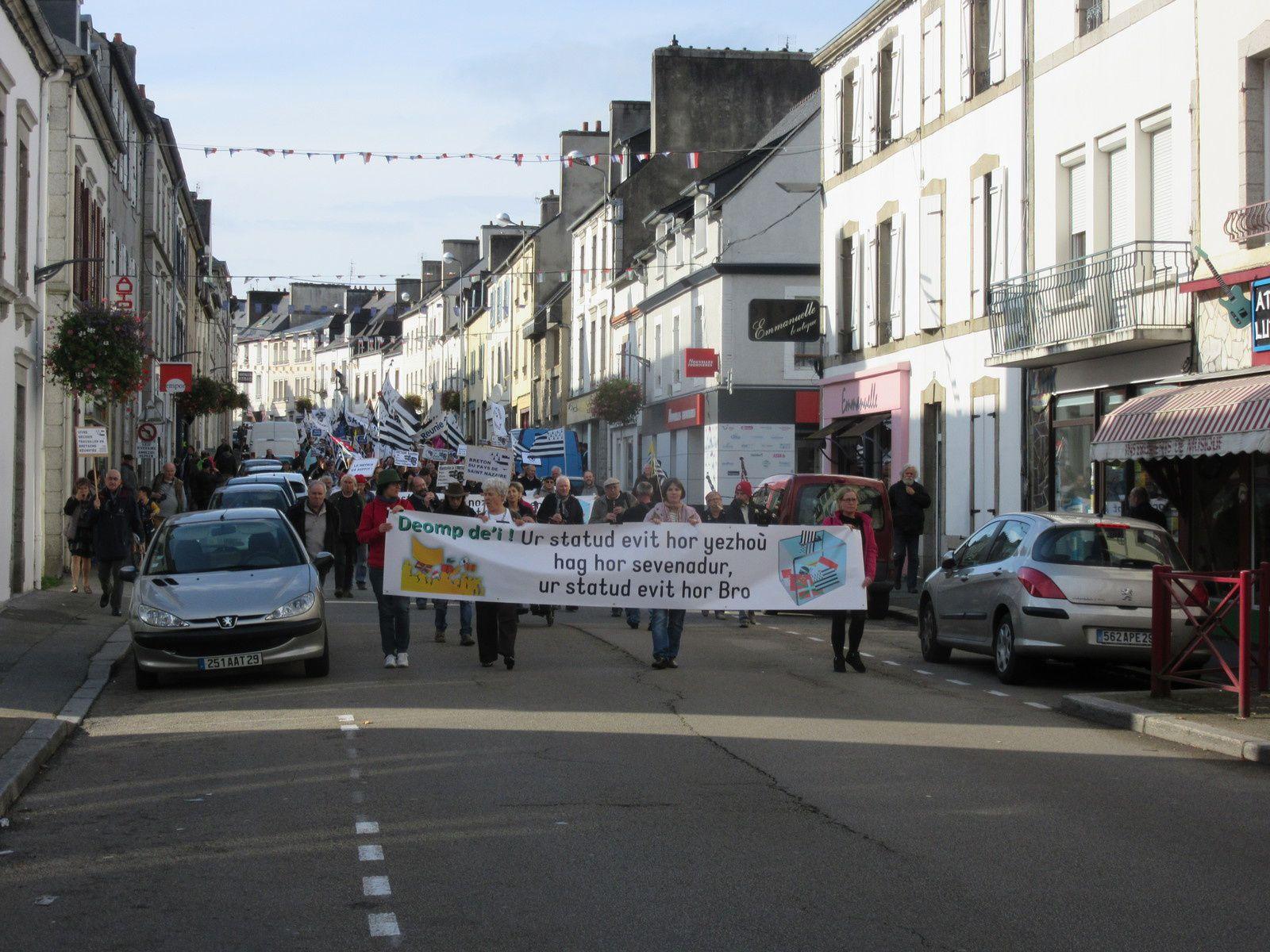 Langue bretonne, réunification : belle démonstration de force à Carhaix