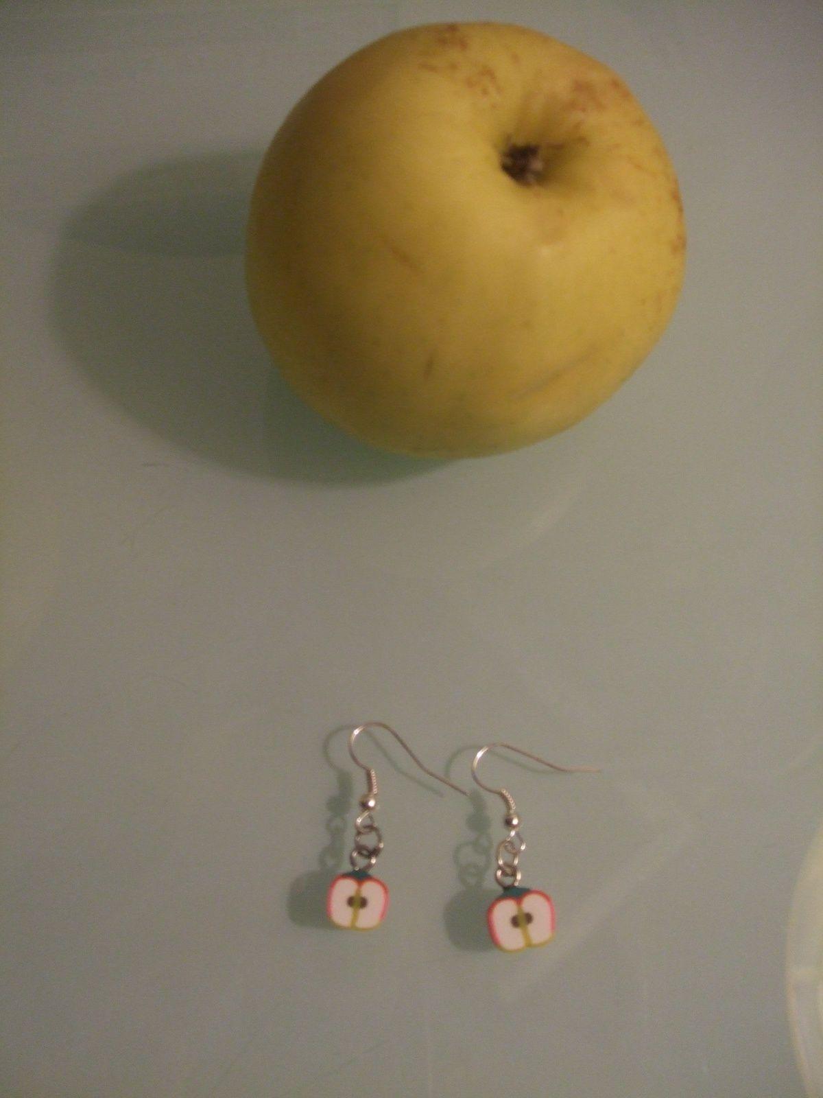 """Boucles d'oreilles - """"Pomme en fimo"""""""