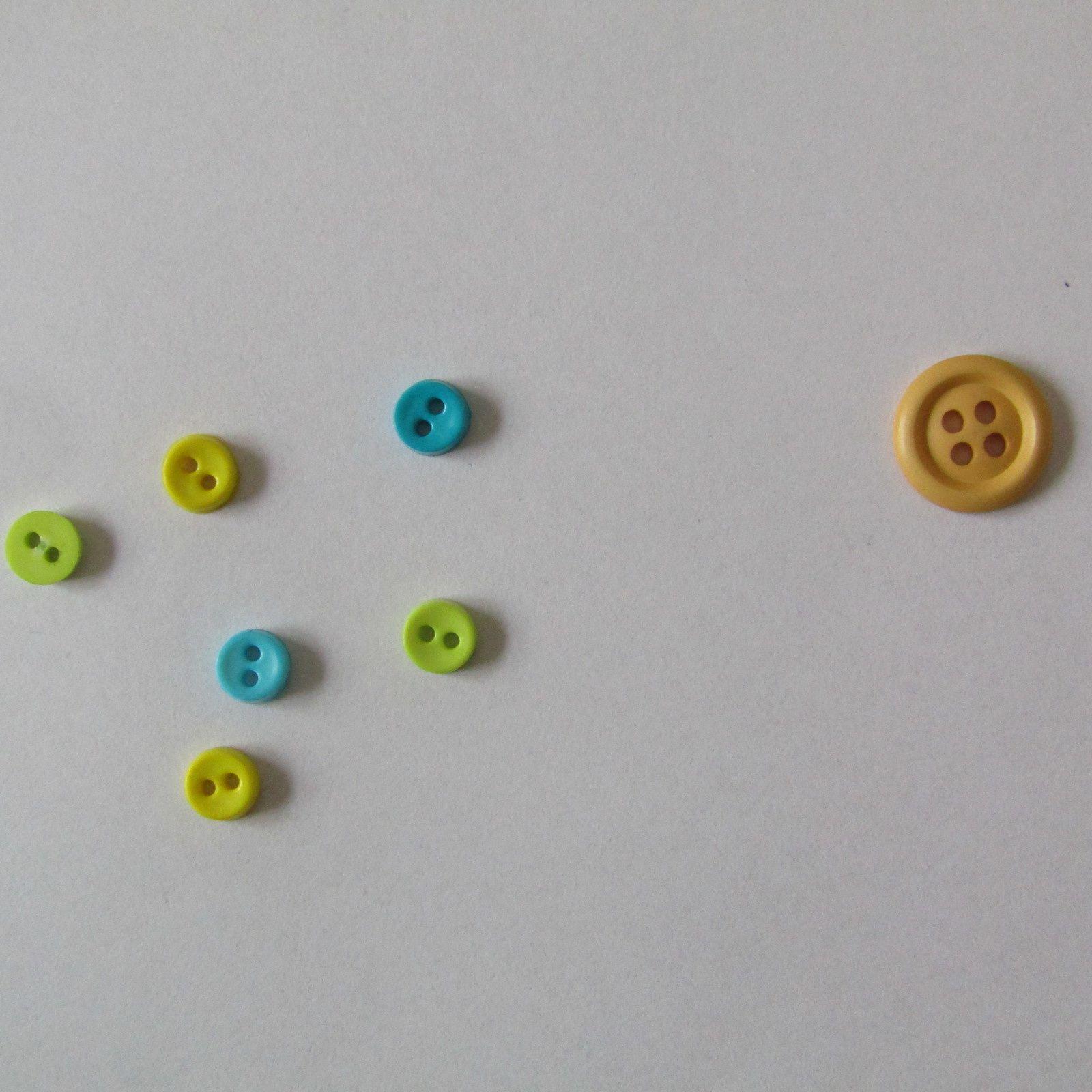 Boucles d'oreilles mini-boutons
