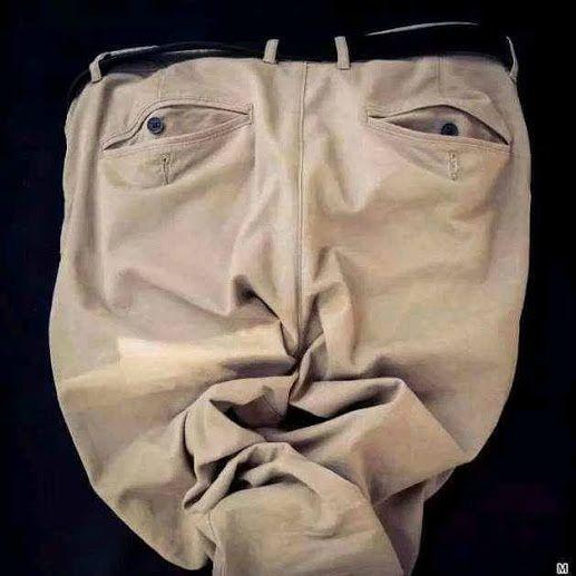 même les pantalons nous regardent...