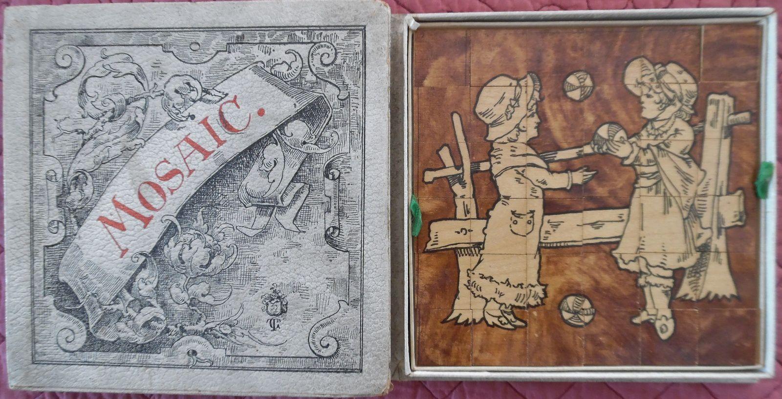 Mosaic, 3 dessins sur bois découpés en carrés