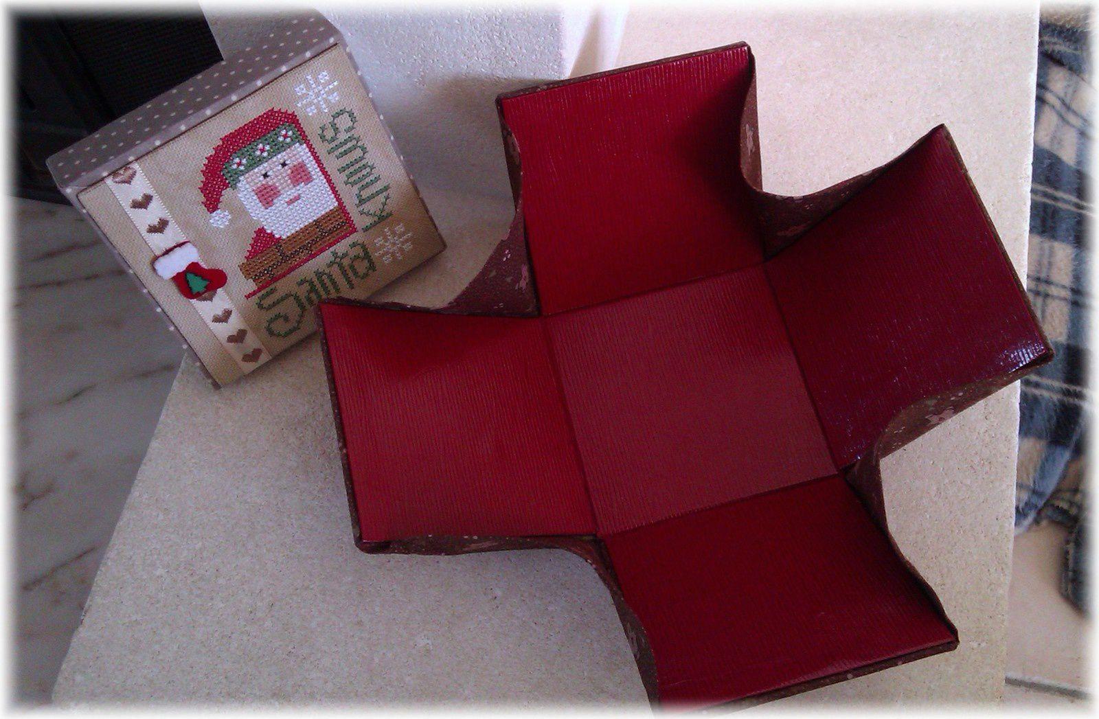 Une boite-fleur pour Noël ...