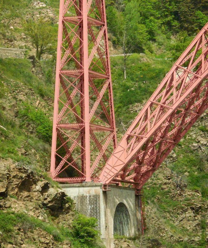le Viaduc de Garabit et Chaudes Aigues