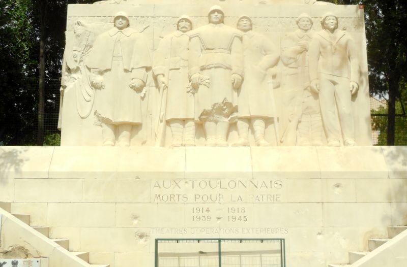 tableaux, statues et images artistiques autour de Sanary en juillet 2014