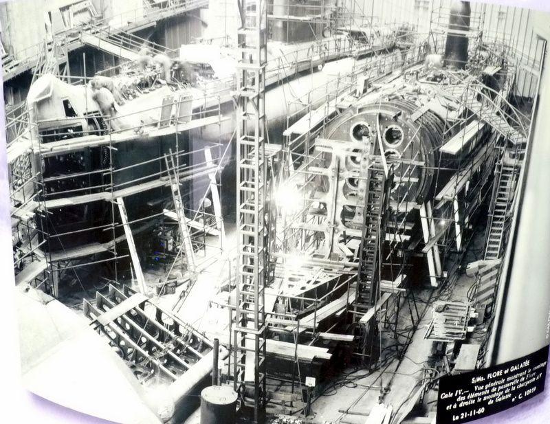 """Le """"FLORE"""", un sous-marin musée"""