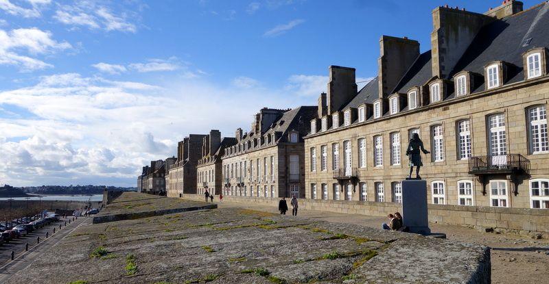 Saint-Malo doit son nom au moine Maclow