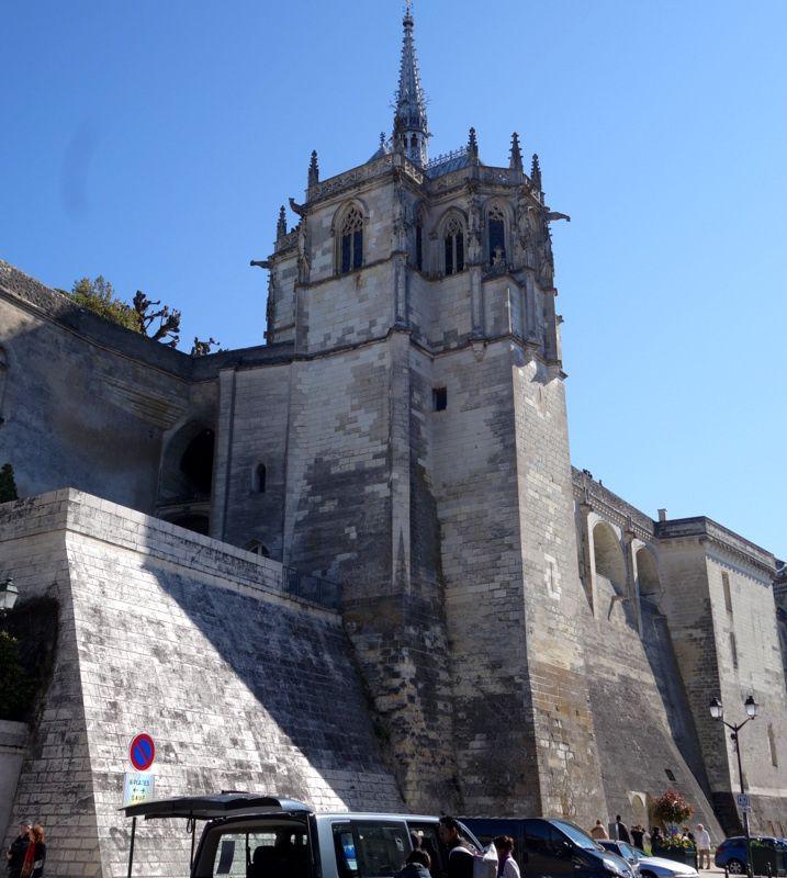 •Les rois de France résident au Château d'Amboise à la Renaissance