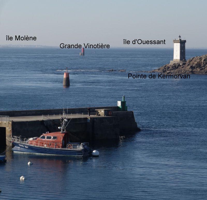 Le phare de Saint-Mathieu et le futur hôtel de Sainte Barbe