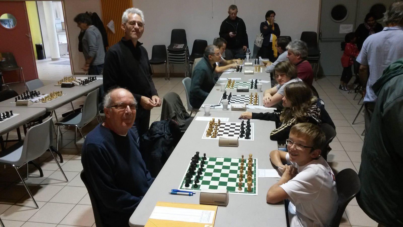 Notre N5 à gauche avec le match des générations entre Marc notre vétéran et le pupille Tanguy Zulli