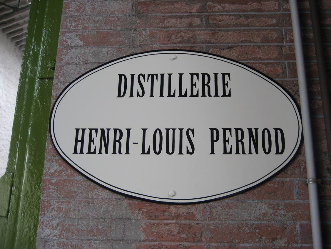Un des halls de la distillerie Henri-Louis Pernod à Thuir. © photo Pernod.