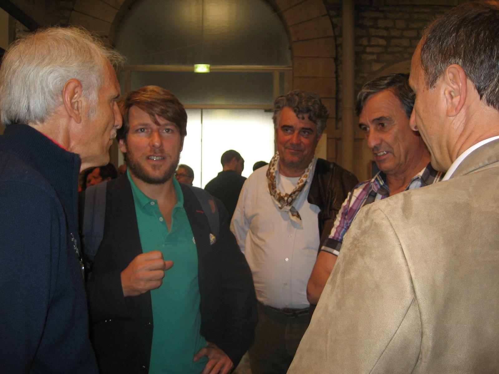 Philippe Chapon, président des Amis du musée en conversation avec Mathieu Sabbagh, directeur international Pernod.