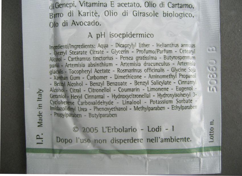 Dans la composition sont effectivement mentionné Artemisia absinthium, Artemisia dracunculus (estragon) et Artemisia glacialis (génépi). On oubliera toutes les molécules chimiques annexes.