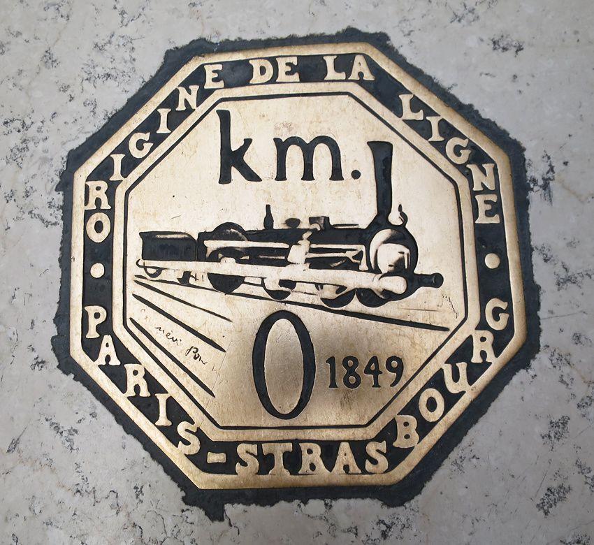 Le kilomètre zéro à la gare de l'Est. Ph. Delahaye.