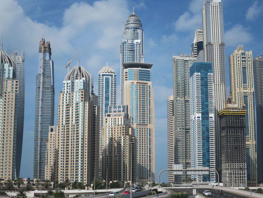 Petit aperçu du centre ville de Dubaï. Ph. Delahaye.