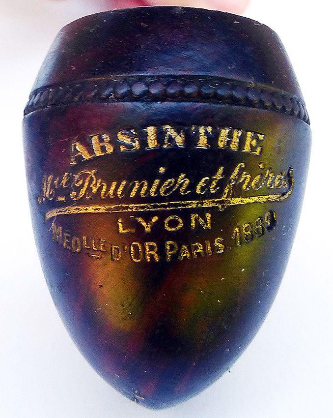 """Deuxième modèle de pipe """"Absinthe Michel Brunier et frères Lyon.-Médaille d'Or Paris 1889"""". Coll. et Ph.Thuillier."""