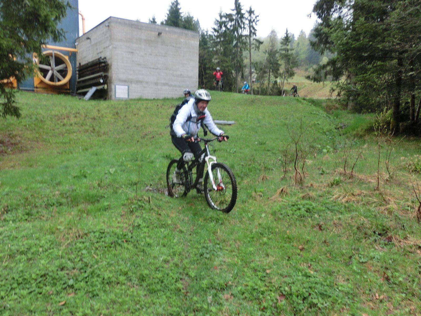 descente au lac de la Lande, puis passage par la Bresse
